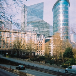 Spent a day in Brussels, ended up taking only a handful of photos with my Fuji, none of which I liked. Nothing just wanted to work out. There was only some sunshine for about an hour and this is the only one I took with the disposable.
